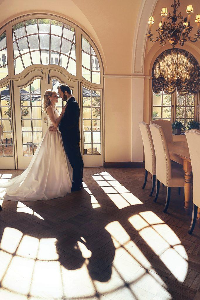 romantic wedding photograph of couple